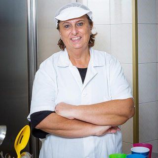 """Fabiana Della Bella, cuoca della scuola dell'infanzia """"Futuri Talenti""""."""
